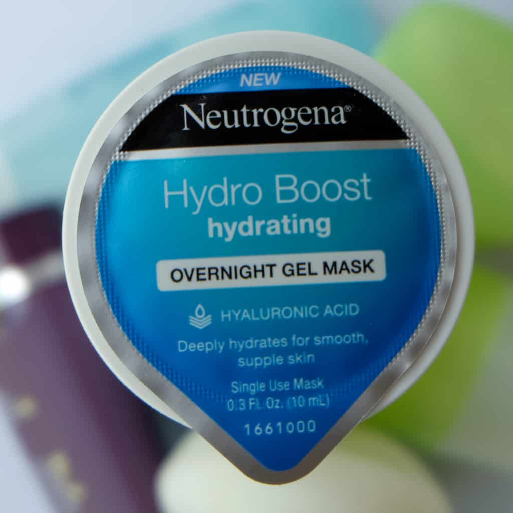 r Neutrogena Hydro Boost Moisturizing Overnight Gel Mask with hyaluronic acid