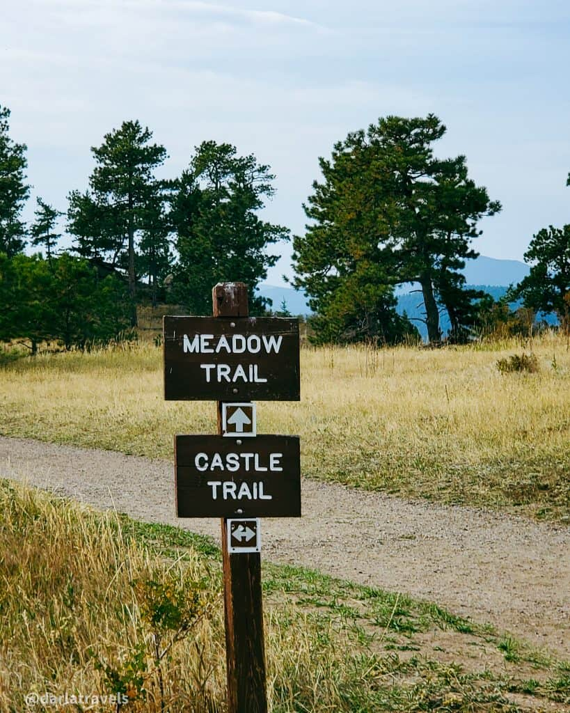At one intersection of the Castle Trail and Meadow Trail in Mount Falcon Park, Jefferson County Colorado